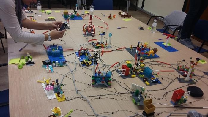 La metodologia LEGO Serious Play: molt eficaç per prendre decisions complexes
